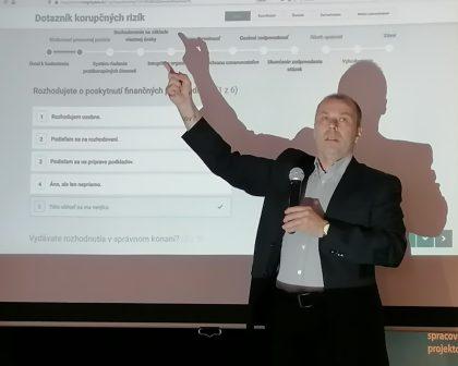O prevencii korupcie hovoril Peter Kovařík z Úradu vlády SR