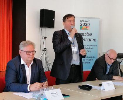 Platformu malého, stredného a rodinného podnikania a živnostníkov zastupoval Ján Plesník